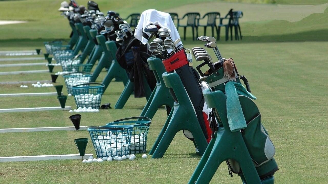 golf-clubs-1633748_1280 2